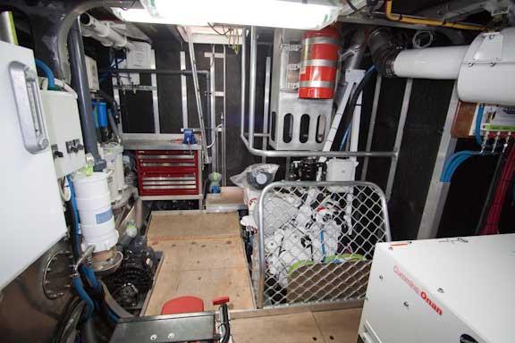 FPB-64-Engine-room-Nov-20-09-104