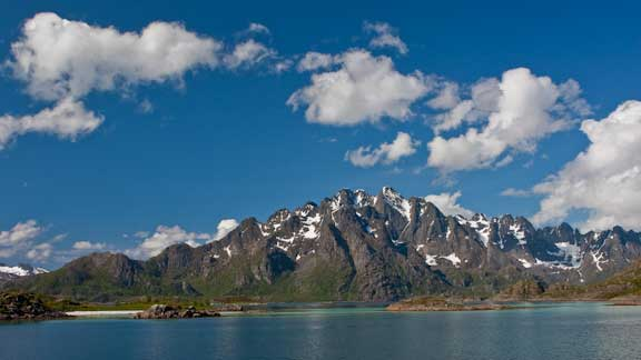 Lofoten--Norway-anchored-9-101