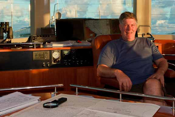 Pete-at-helm-838