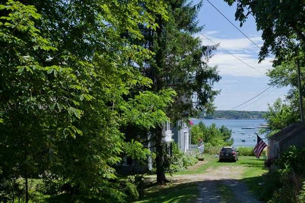 Round Pond Maine 124