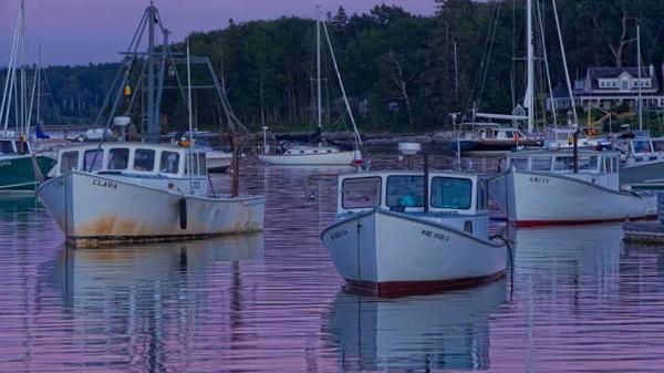 Round Pond Maine 1347